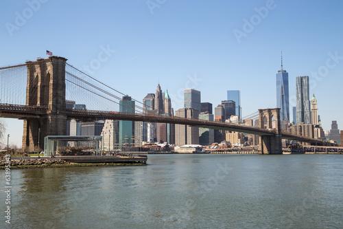 Spoed Fotobehang Brooklyn Bridge New York City Manhattan downtown skyline Brooklyn Bridge
