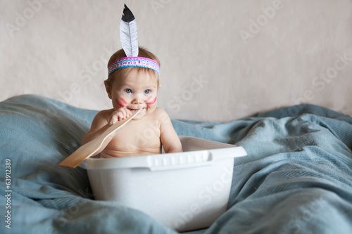 Fotografía  A happy funny baby enjoying a playtime
