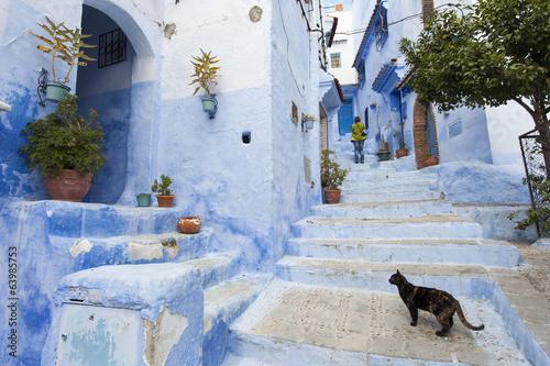 Ulica w Medina błękitny grodzki Chefchaouen, Maroko