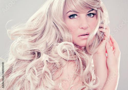 fashion shots 12_2-wonderful blond hair