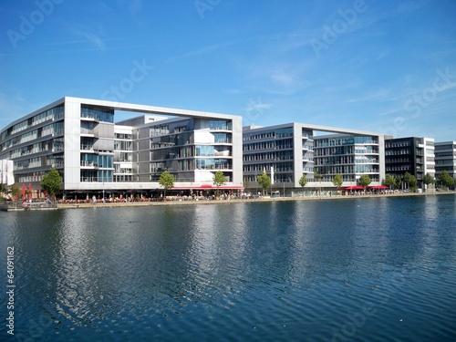 Staande foto Stad aan het water Duisburg Innenhafen