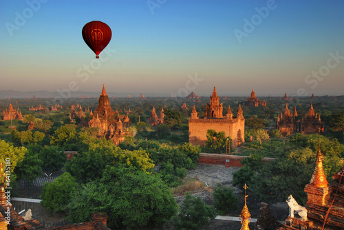 Cuadros en Lienzo Morning Bagan
