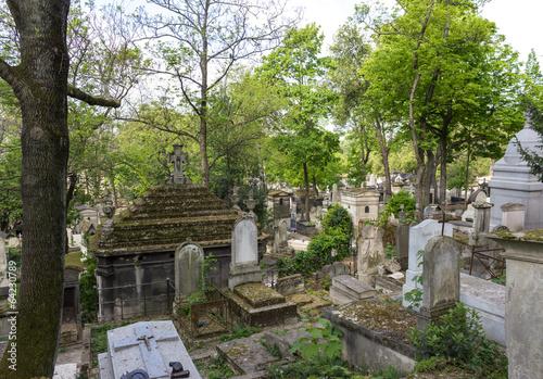 Recess Fitting Cemetery viale al cimitero