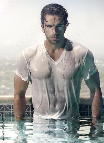 Fotografía  Man in pool