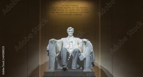Cuadros en Lienzo Washington, DC - Lincoln Memorial at night