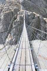 Fototapeta Mosty Trift Bridge, the longest 170m pedestrian-only suspension bridge