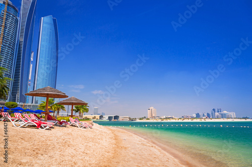 Photo  Beach in Abu Dhabi, the capital of United Arab Emirates