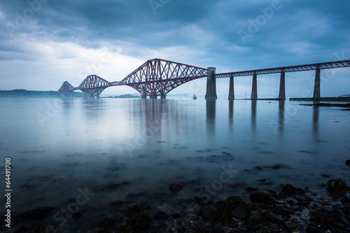 Piękne obrazy forth-mosty-w-edynburgu-w-szkocji