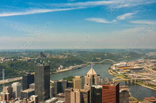 Photo  Pittsburgh, Pennsylvania - River view skyline from the tallest b