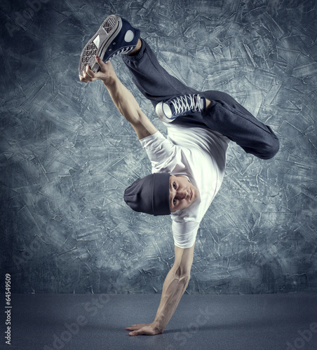 Photo  breakdancer