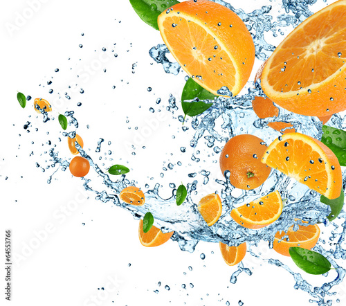 Poster Opspattend water Oranges with water splash