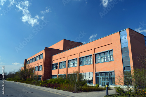 Foto op Canvas Industrial geb. modernes Fabrikgebäude // modern factory building
