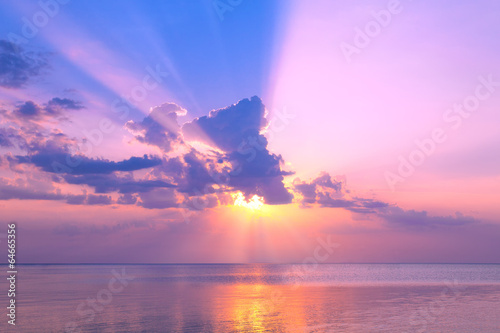 Poster Purple Beautiful pink sunset over sea