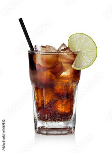 kuba-libre-napoj-z-cola-z-limonka