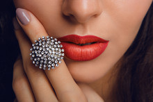 Red Lips With The Ring. Make Up