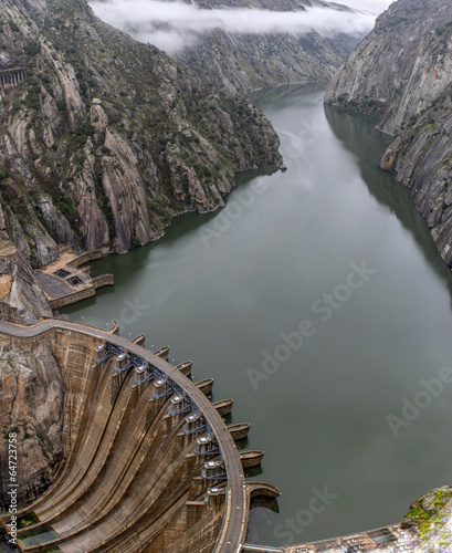 Deurstickers Dam Aldeadavila