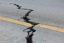 Broken Road By An Earthquake I...