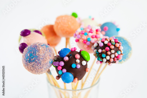 Poster Confiserie cake cups on stick