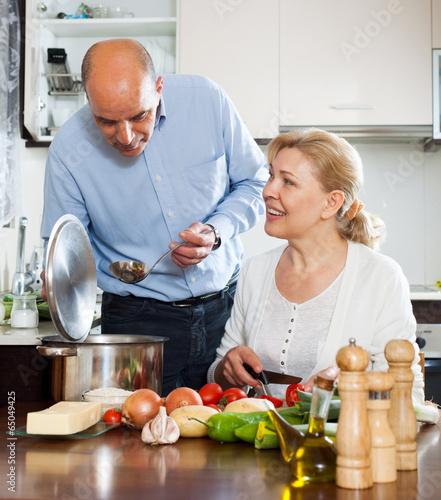 честь данного фото пожилые вегетарианцы предназначение бокового погрузчика