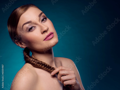 Fotografia, Obraz  beauty red haired woman with a plat