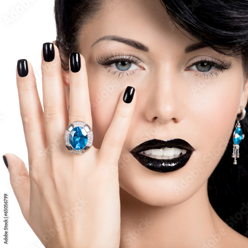 Photo sur Toile Fashion Lips Glamour woman's nails , lips and eyes painted color black.
