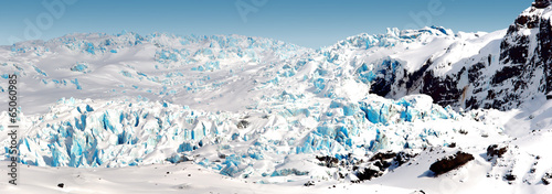 Poster Glaciers slipping from the mountain glacier