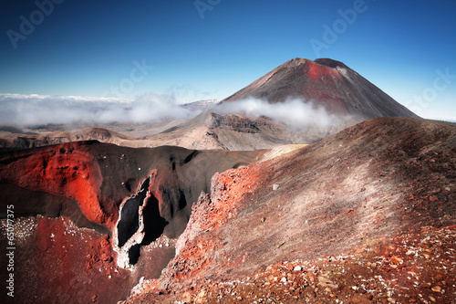 Montage in der Fensternische Neuseeland Mt.Ngauruhoe (aka. Mt.Doom), North Island, New Zeland