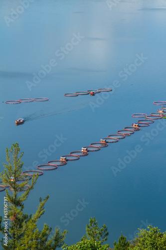 Foto op Plexiglas Indonesië Fish farming the lake toba Indonesia