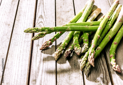Bundle of fresh green asparagus shoots