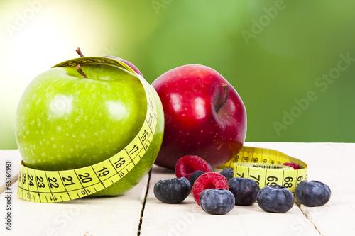 swieze-owoce-z-pomiaru-cintra-koncepcji