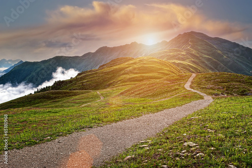 Tuinposter Honing Beautiful mountains landscape