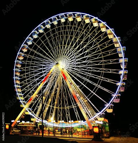 Fotografía  Grande roue en nocturne