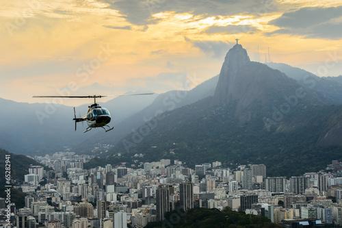 Türaufkleber Hubschrauber Sunset view of Rio de Janairo, Brazil