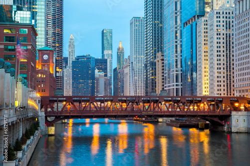Photo sur Toile Chicago Chicago downtown and River