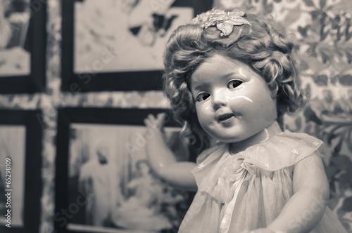 Fotografie, Obraz  Antique doll