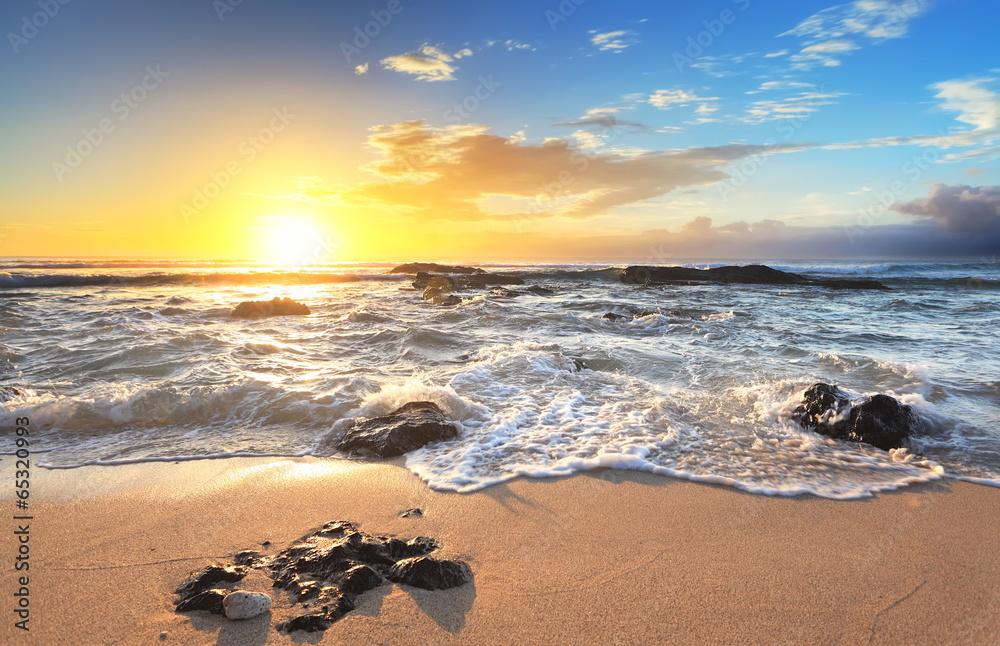 Fototapety, obrazy: Wschód słońca na plaży