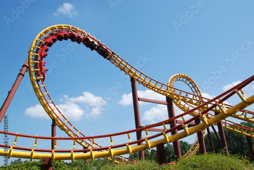 Foto  A roller coaster ride in France