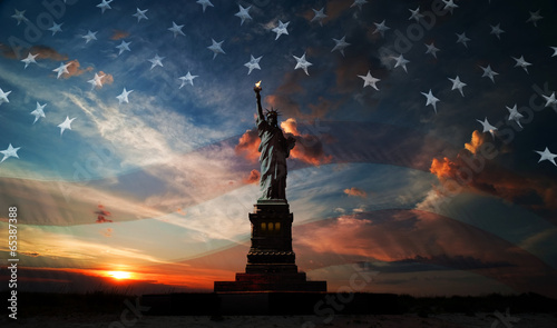 Fotografie, Obraz  Independence day. Liberty enlightening the world