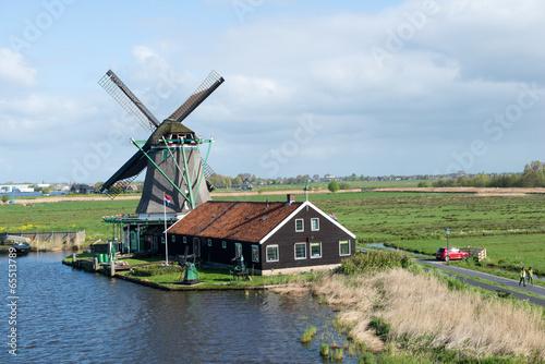Photo  Les moulins de Zaanse Schans en Hollande