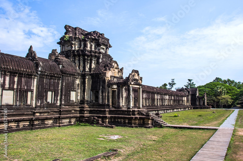 Photo  The ancient temple of Angkor Wat near Siem Reap, Cambodia.