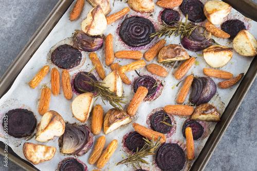 Valokuva  Rosemary roasted root vegetables