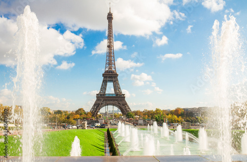 Fotografia  Eiffel Tower and fountains of Trocadero