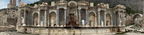 Foto auf Gartenposter Ruinen Nimfenum
