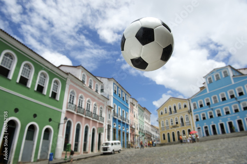 Fotografia  Football at Colonial Architecture Pelourinho Salvador Brazil