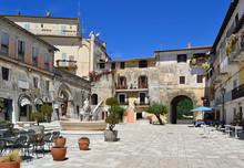 Centro Storico Di San Felice Circeo - Piazza Vittorio Veneto