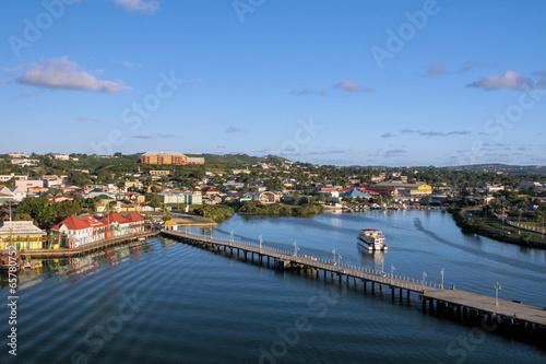 Foto op Plexiglas Indonesië Der Hafen von Antigua