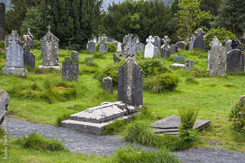 In de dag Begraafplaats Friedhof in Glenalough, Irland