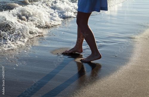 Obraz na plátně stopy hiszpania plaża morze zabawa niebieski