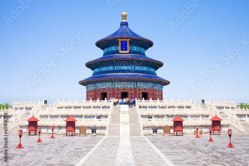 Montage in der Fensternische Tempel Temple of Heaven in Beijing