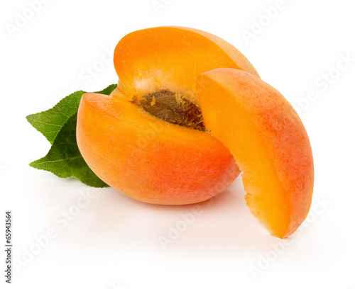 Canvas-taulu ripe apricot on the white background